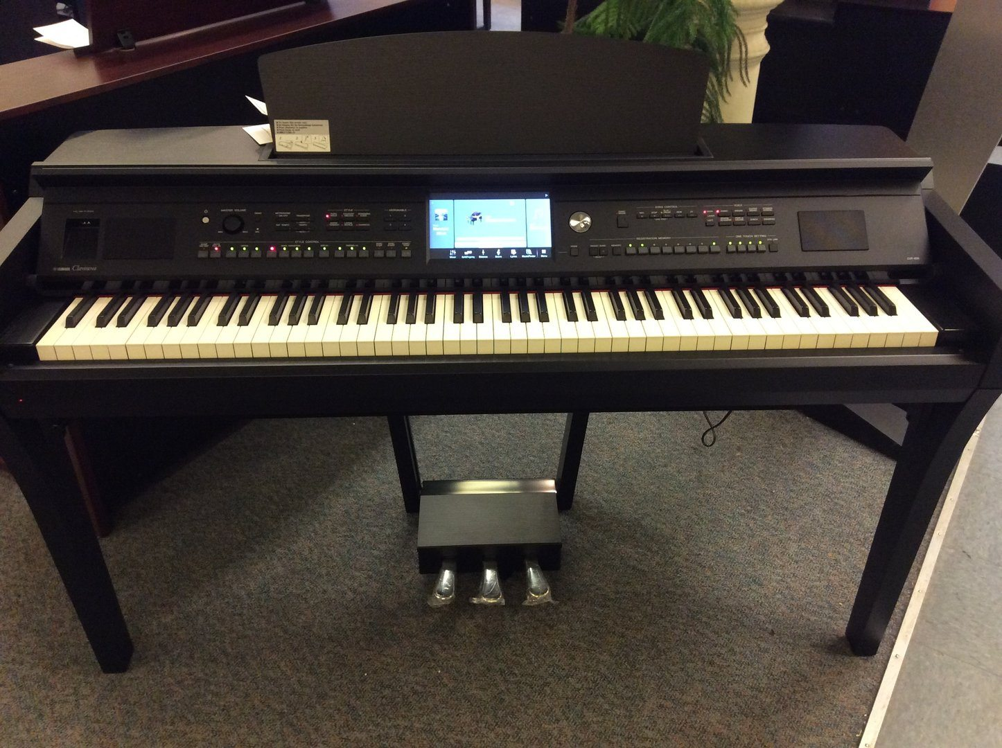 Yamaha cvp 609 yamaha pianos piano distributors piano for Used yamaha clavinova cvp for sale